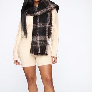 IT'S ALMOST WINTER!! Plaid Scarf